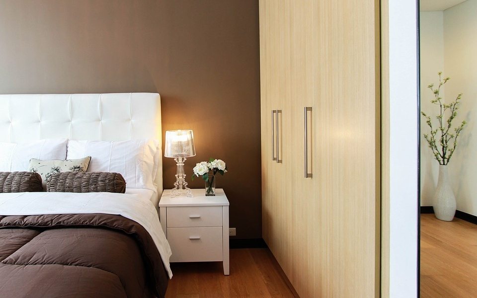 Creative Storage Ideas for Small Bedrooms | Cherry On Top