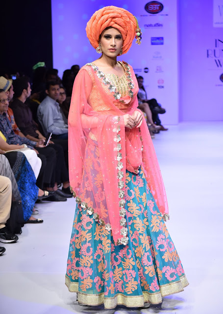 Model showcasing the collection of Designer Varija|India Runway Week Season 6 Highlights| cherryontopblog.com