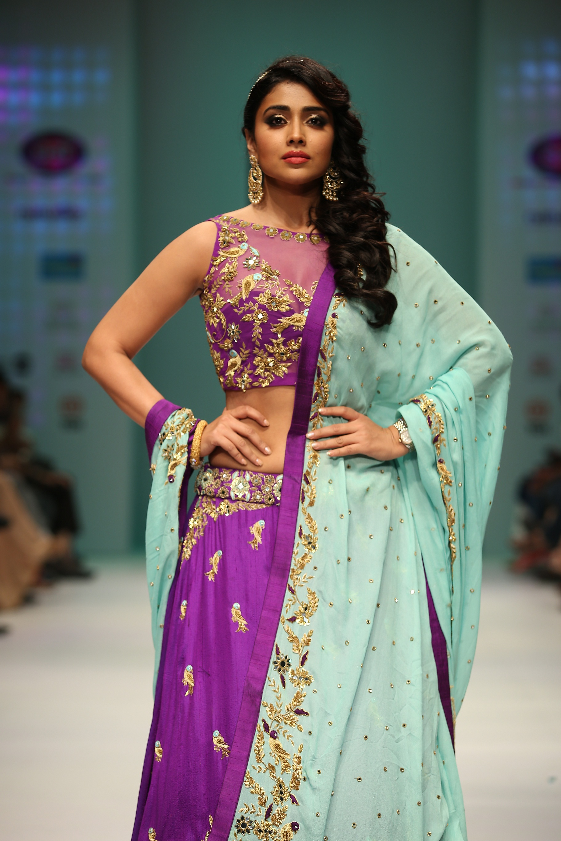shriya Saran walked the ramp for Designer Architha Narayanam| India Fashion Week| cherryontopblog.com