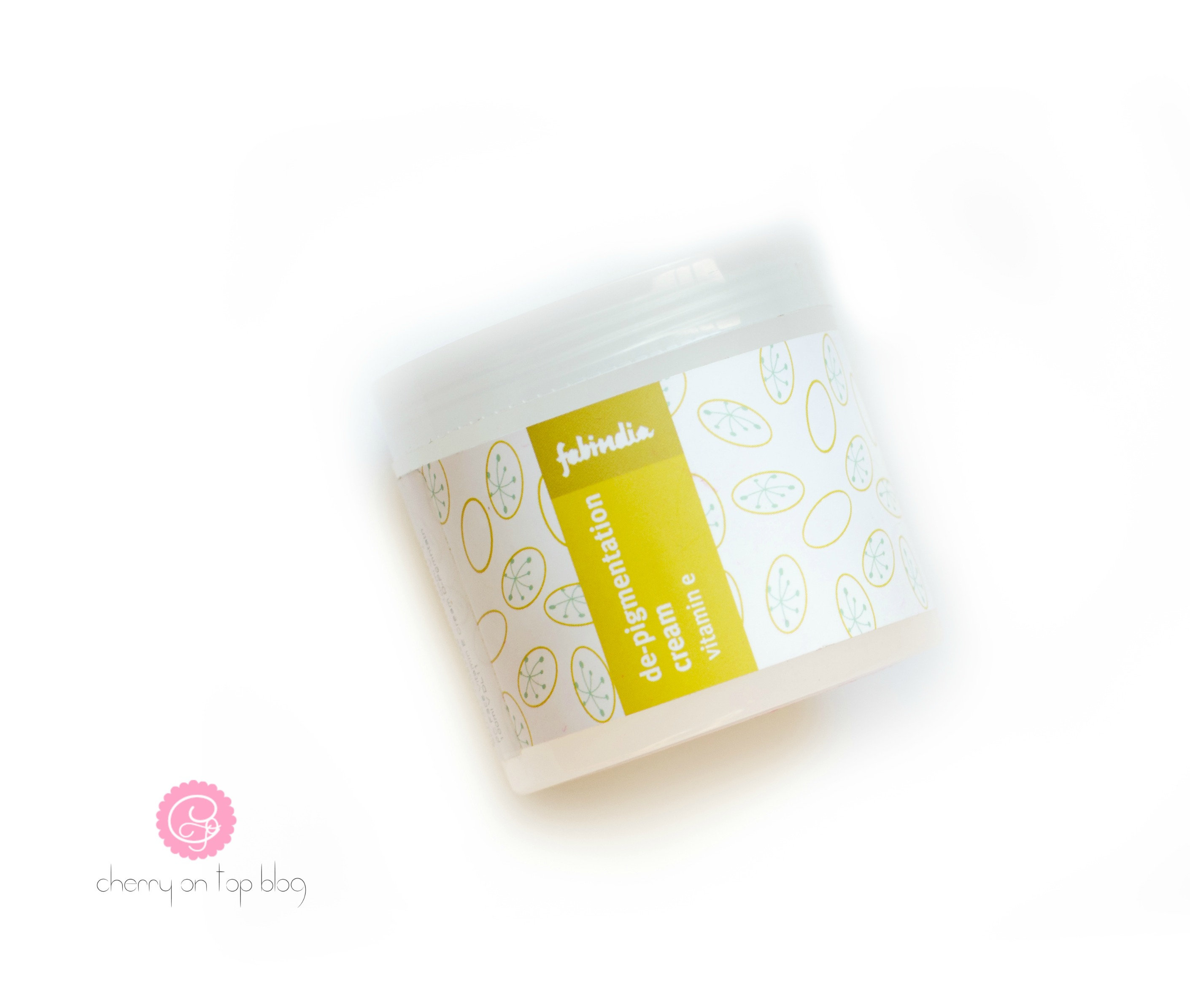 Mother's Day Gift Idea- Skincare Basket for Mommies  cherryontopblog.com