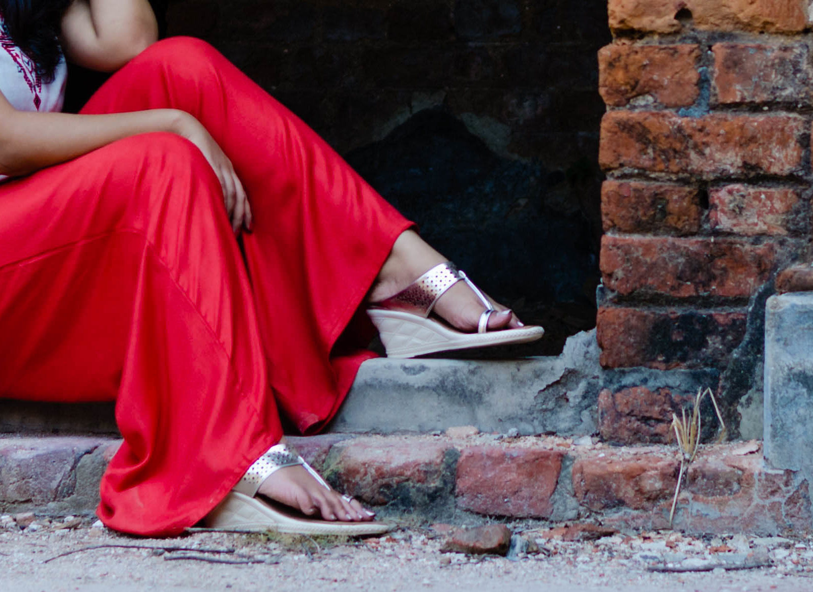 Summer Hues | How to Style for Summers | Reliance Footprint Wedges| Cherry On Top