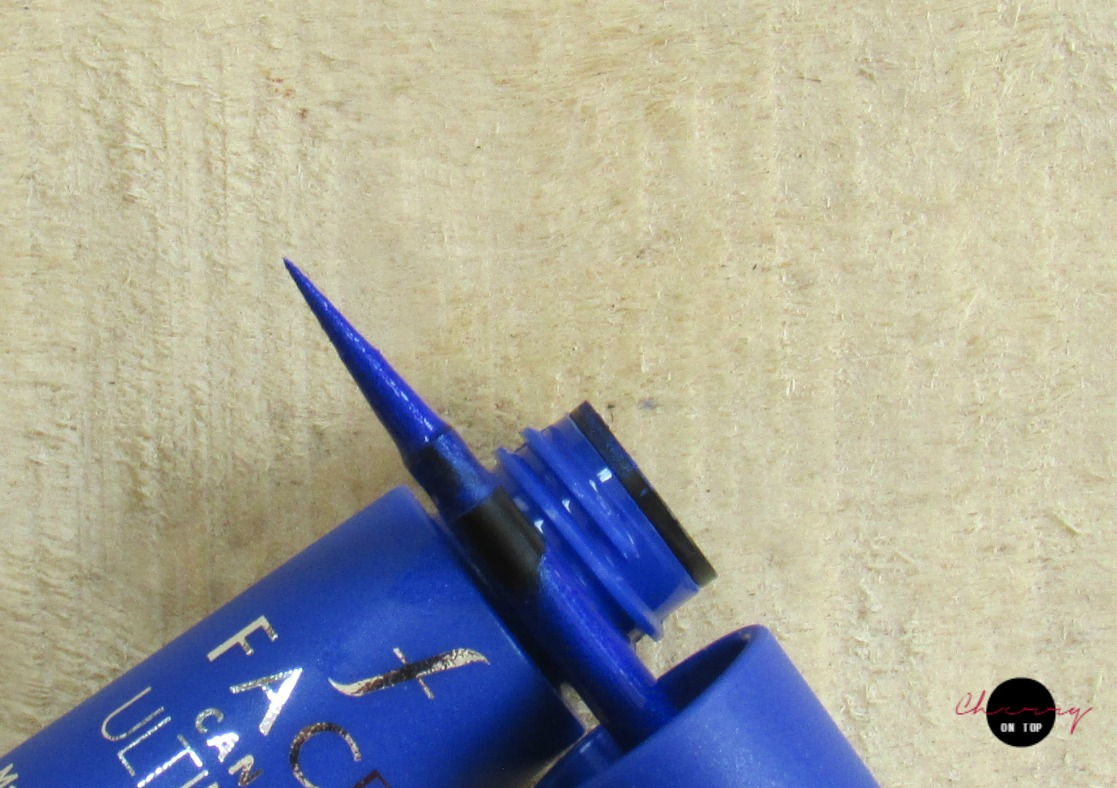 Faces Ultime Pro Matte Play Eyeliner- Blue Review