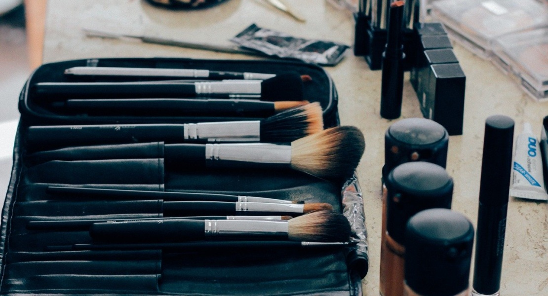 Alternative Income Streams: Read This If You Want to Become a Beauty Product Tester in 2020