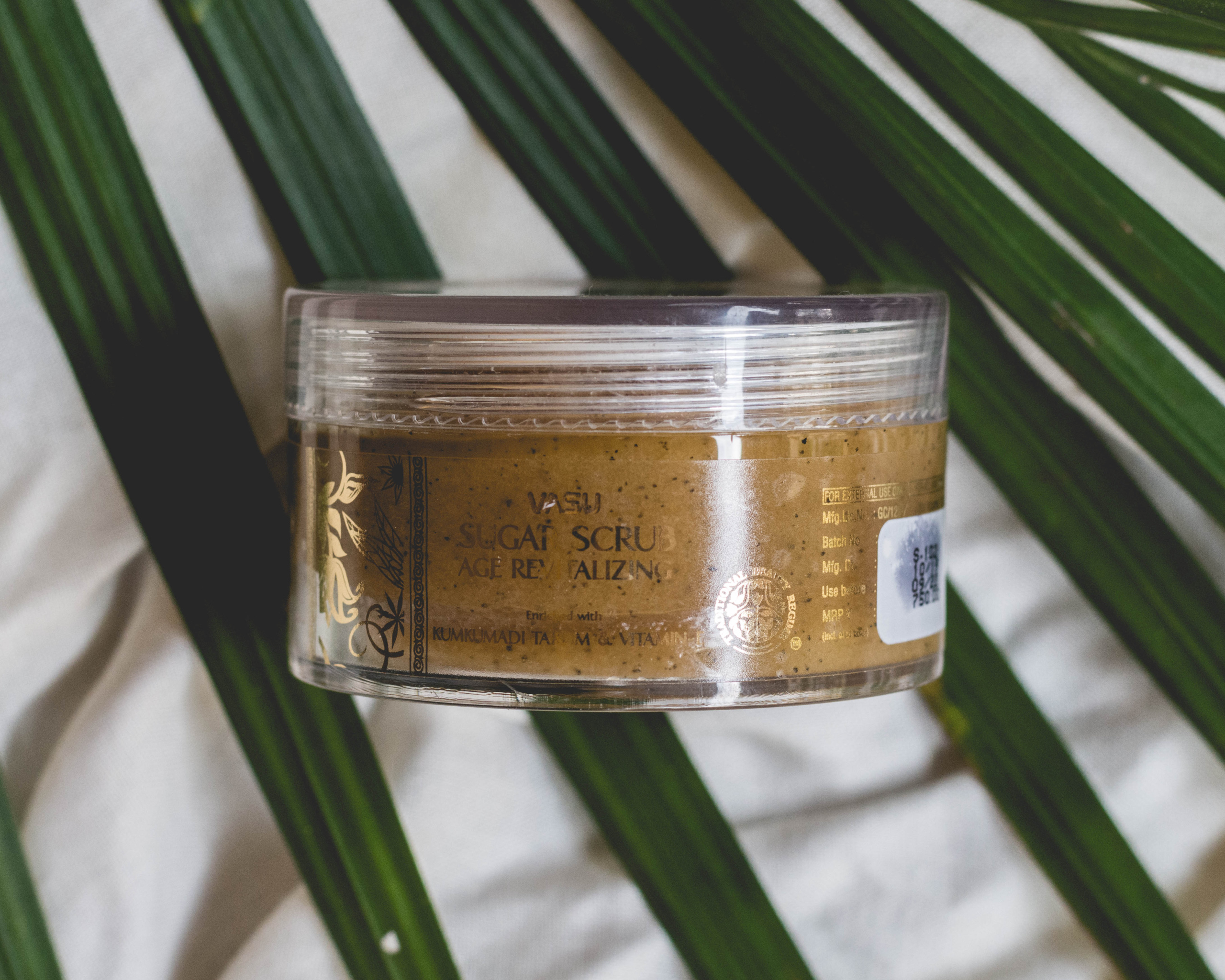 Vasu Kumkumadi Thailam Sugar Scrub Review | Cherry On Top